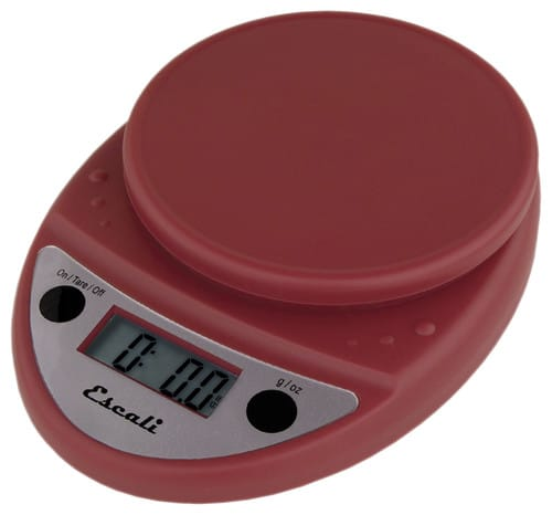 Scale with batteries included