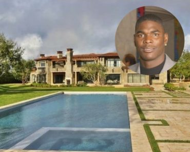 Keyshawn Johnson sells his Calabasas Mansion for $8.495M.