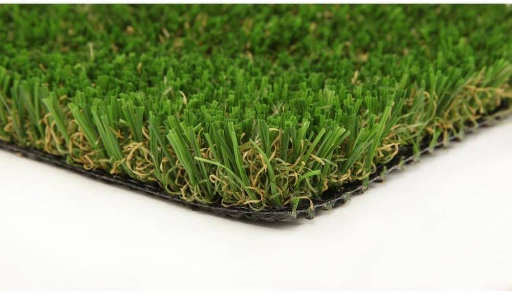 Synthetic grass carpet perfect for pt yards.