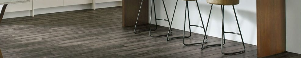 Vinyl tile flooring that looks like hardwood flooring