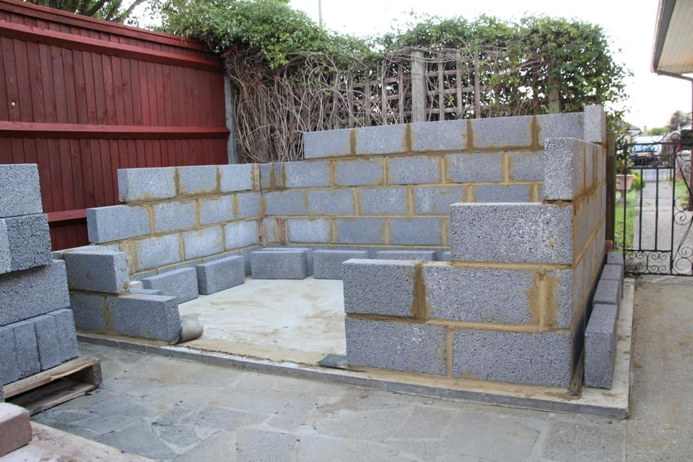 Shed with cement blocks