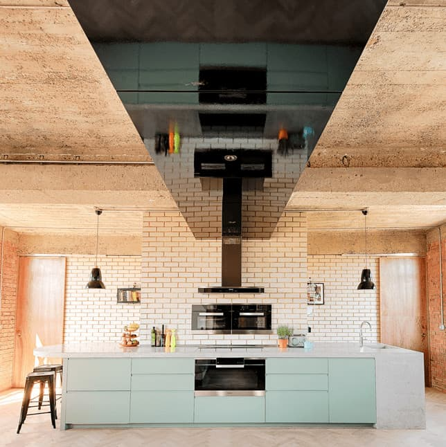 Sleek Appliance Garage: 60 Fantastic Kitchens With Black Appliances (Photos