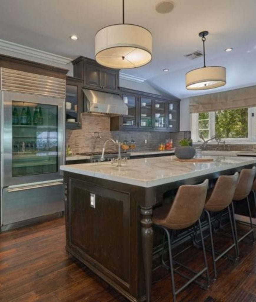 beck-and-marisa-ribisi-los-feliz-house-dine-in-kitchen-051718