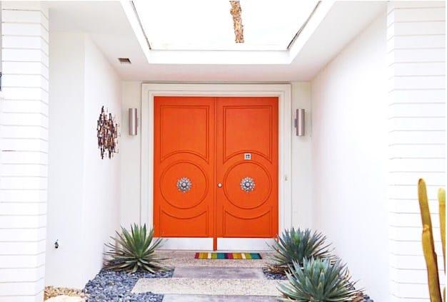 Dunn-Edwards mid-century front door (red).