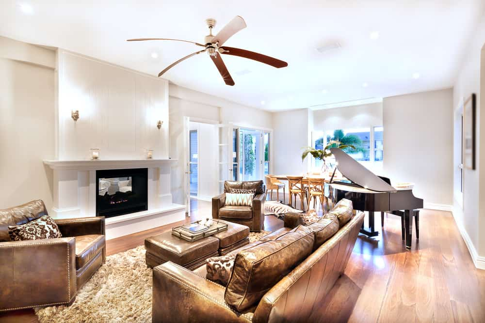 Aside From Comfortable Seats And Stylish Decors, This Living Room Lead To  Outdoor Space.