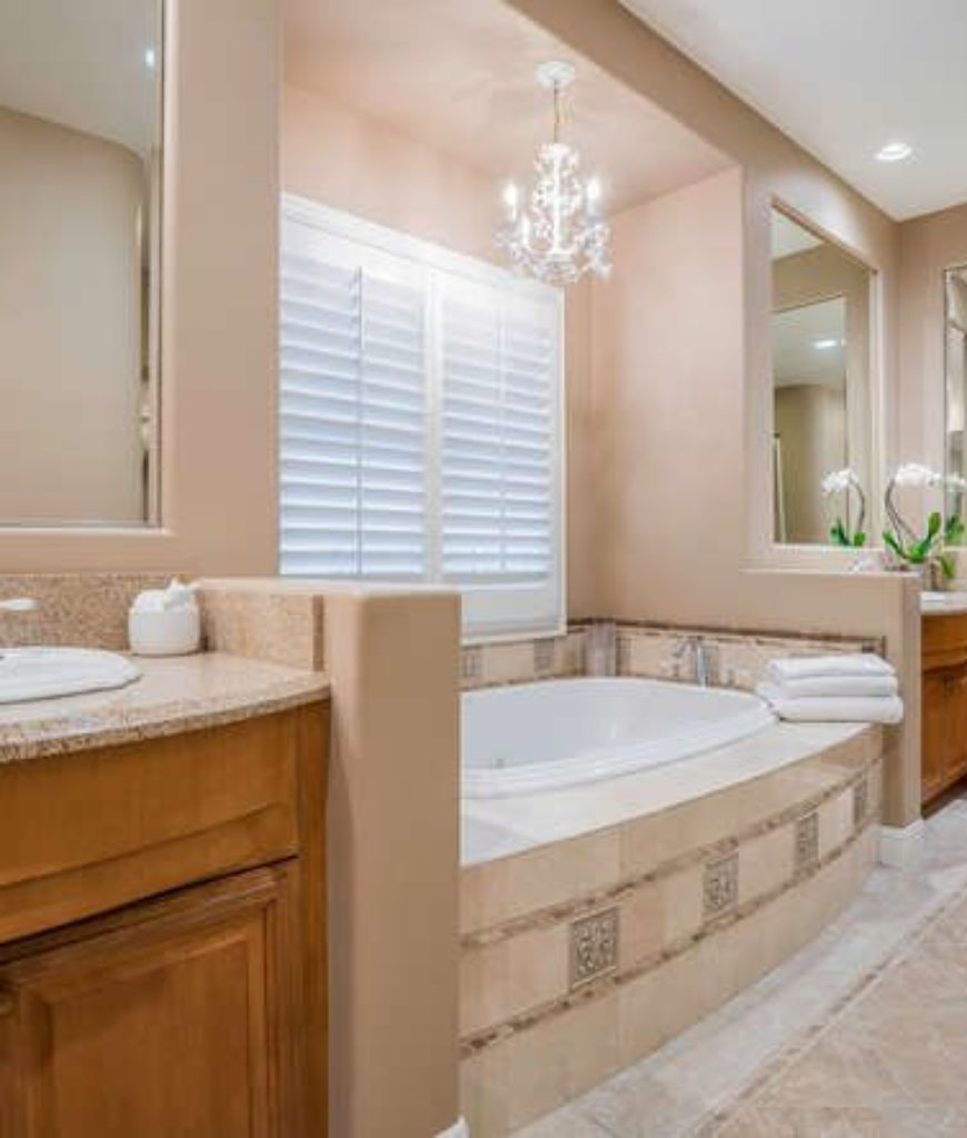 logic-hidden-hills-mansion-bathroom-051618