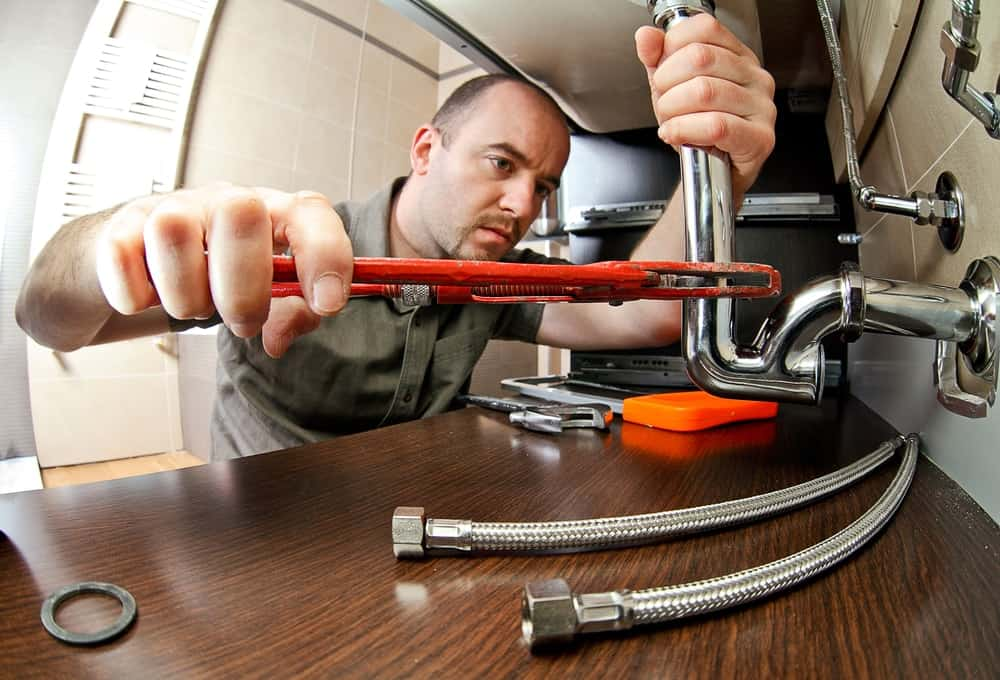 8 Things a Plumber can do for you