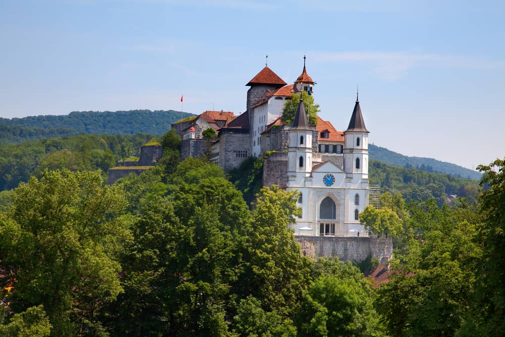 29 Best Castles In Switzerland Photos