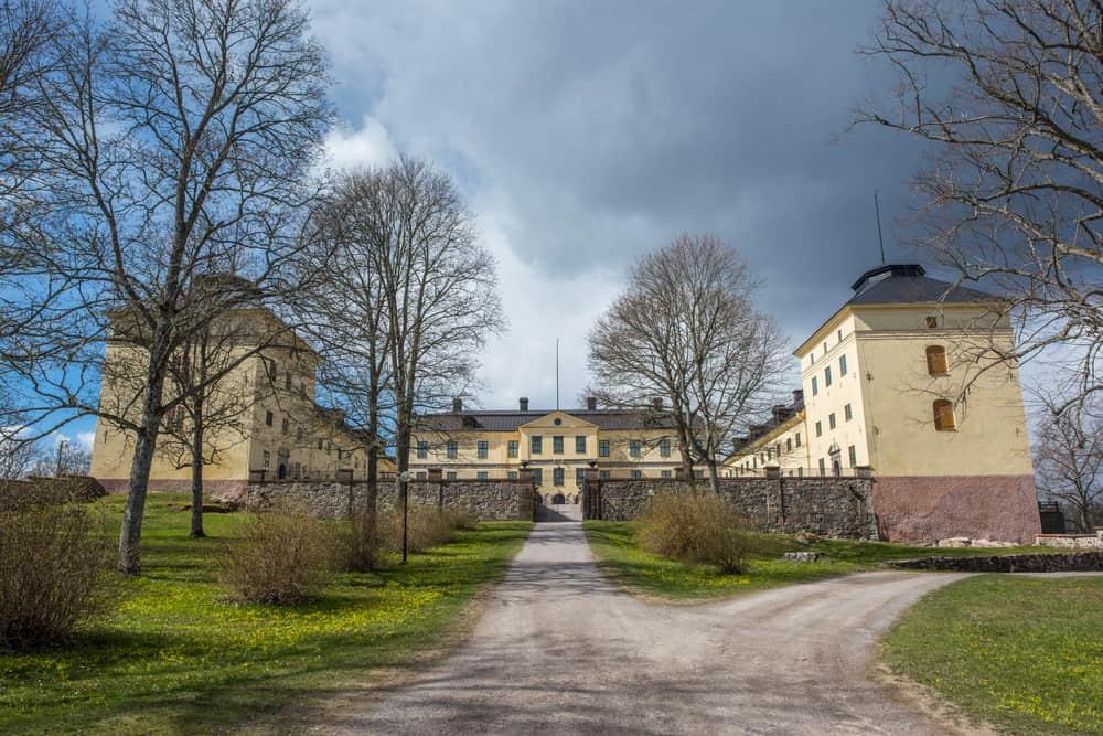 Lofstad castle