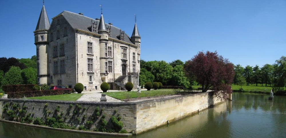 Schaloen Castle