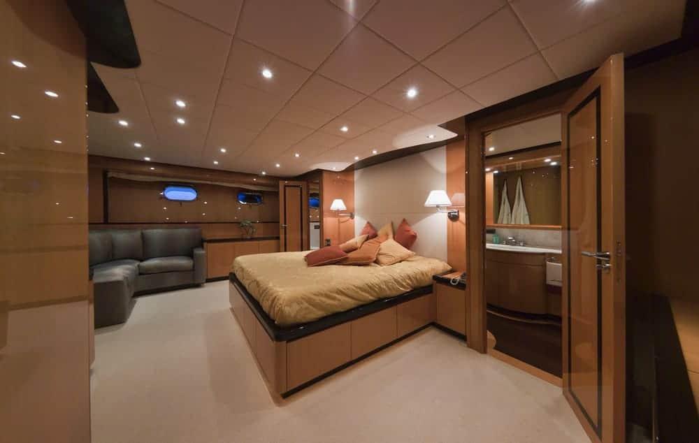 Tecnomar 35 Meter Yacht Bedroom