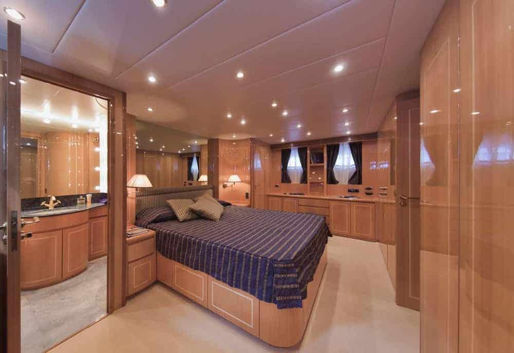 Tecnomar Velvet 26 luxury yacht