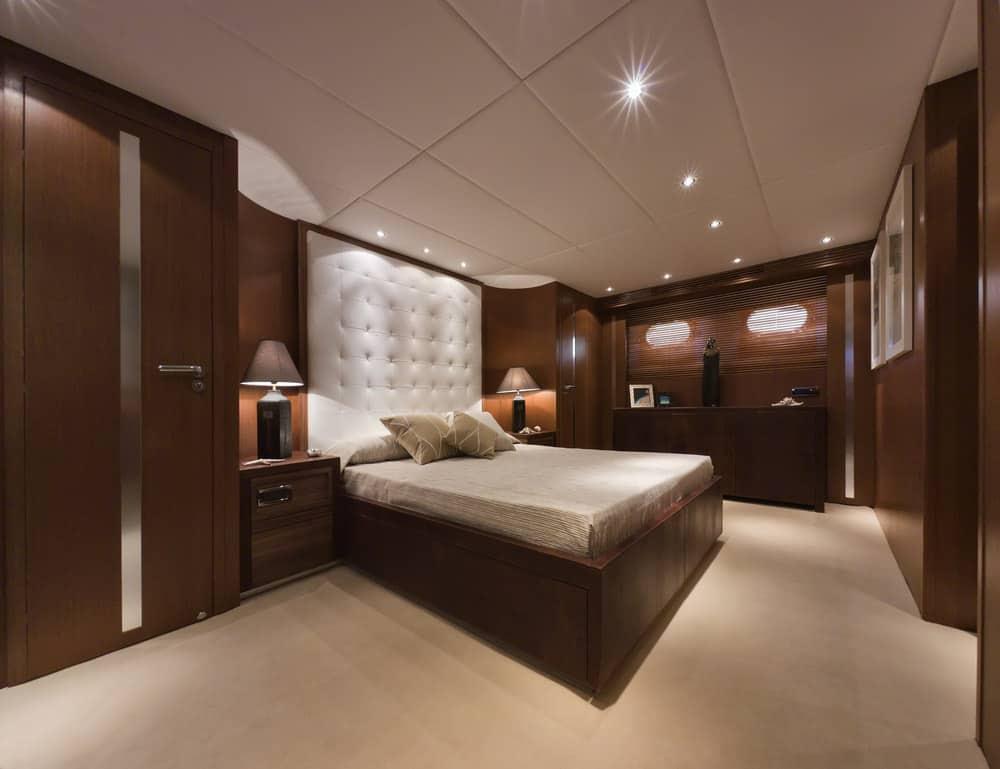 Tecnomar Velvet 83 foot luxury yacht - primary bedroom