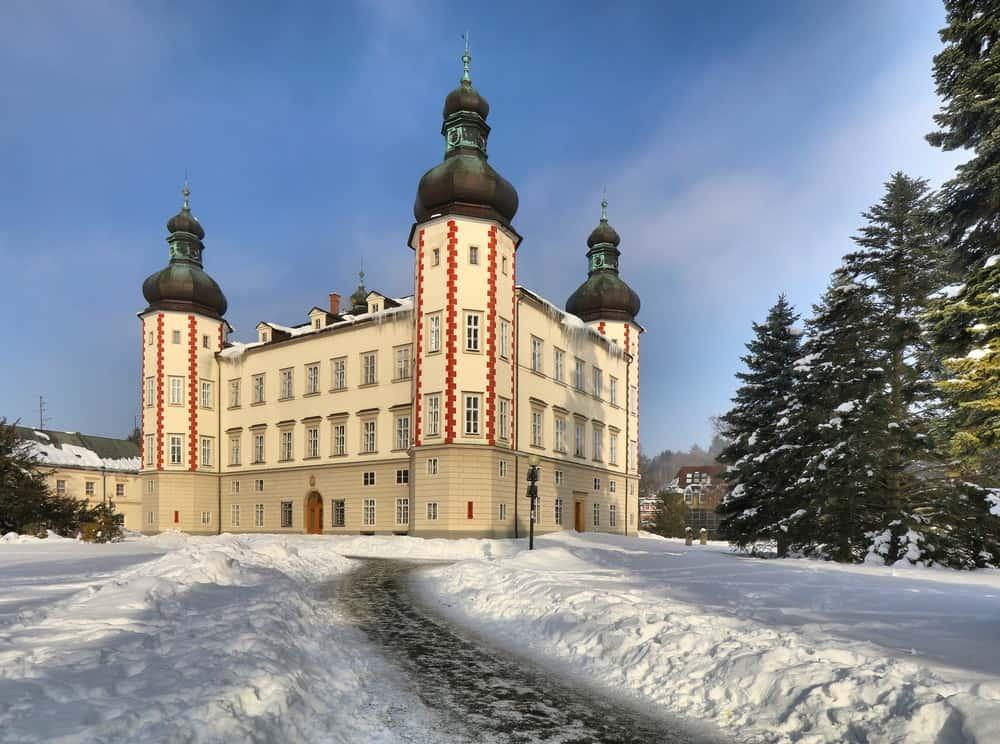 Vrchlabi manor