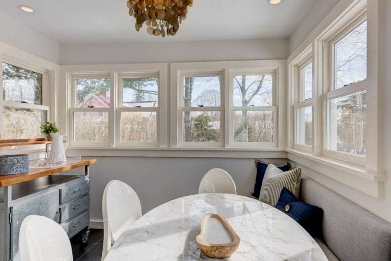 There's also a dining nook in the kitchen perfectly placed near the glass windows.