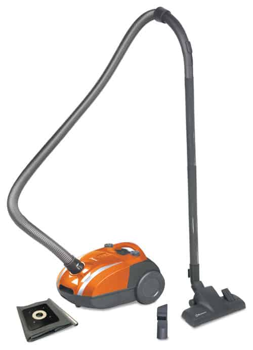Vacuum cleaner good for carpets.