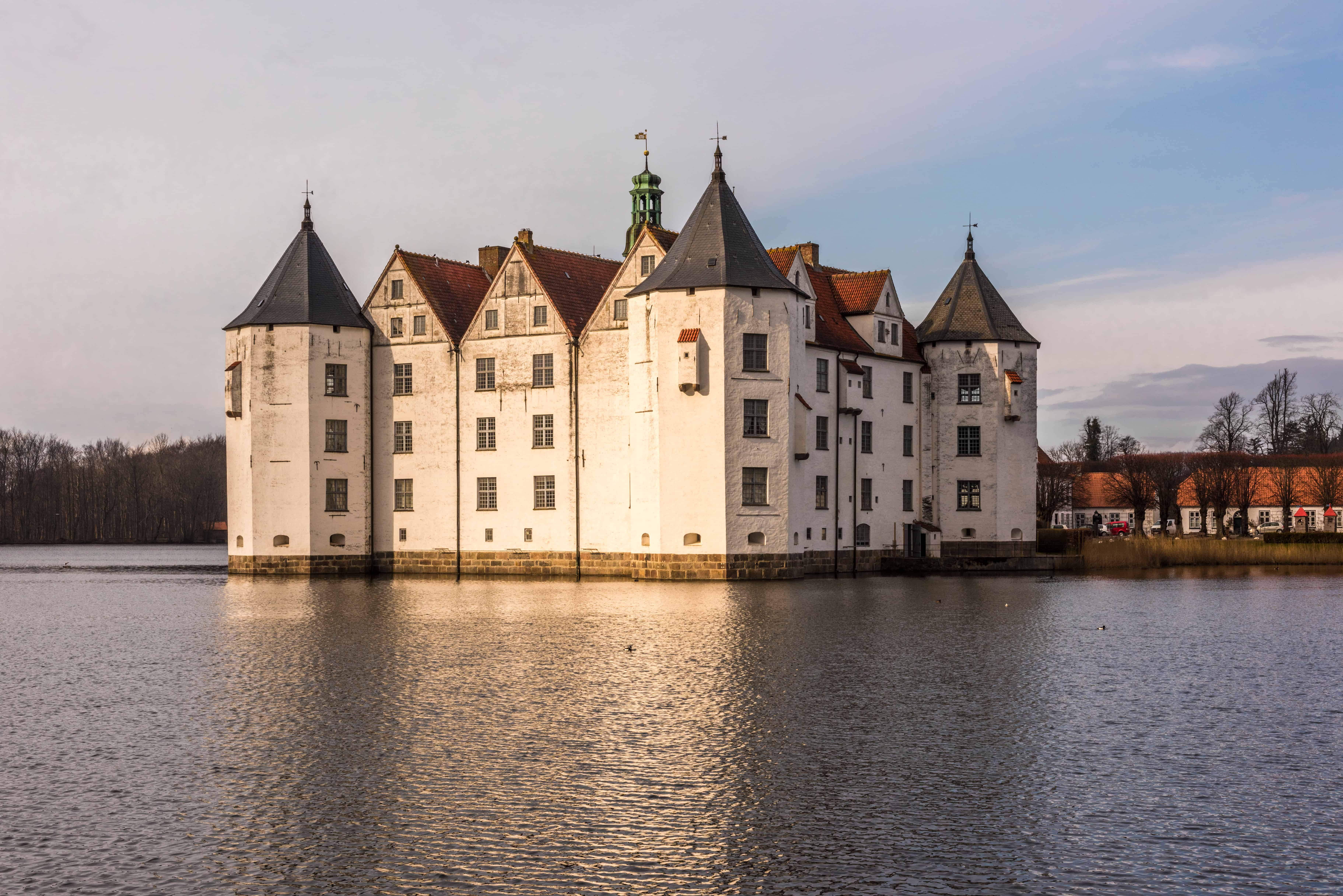 Castle Gluecksburg