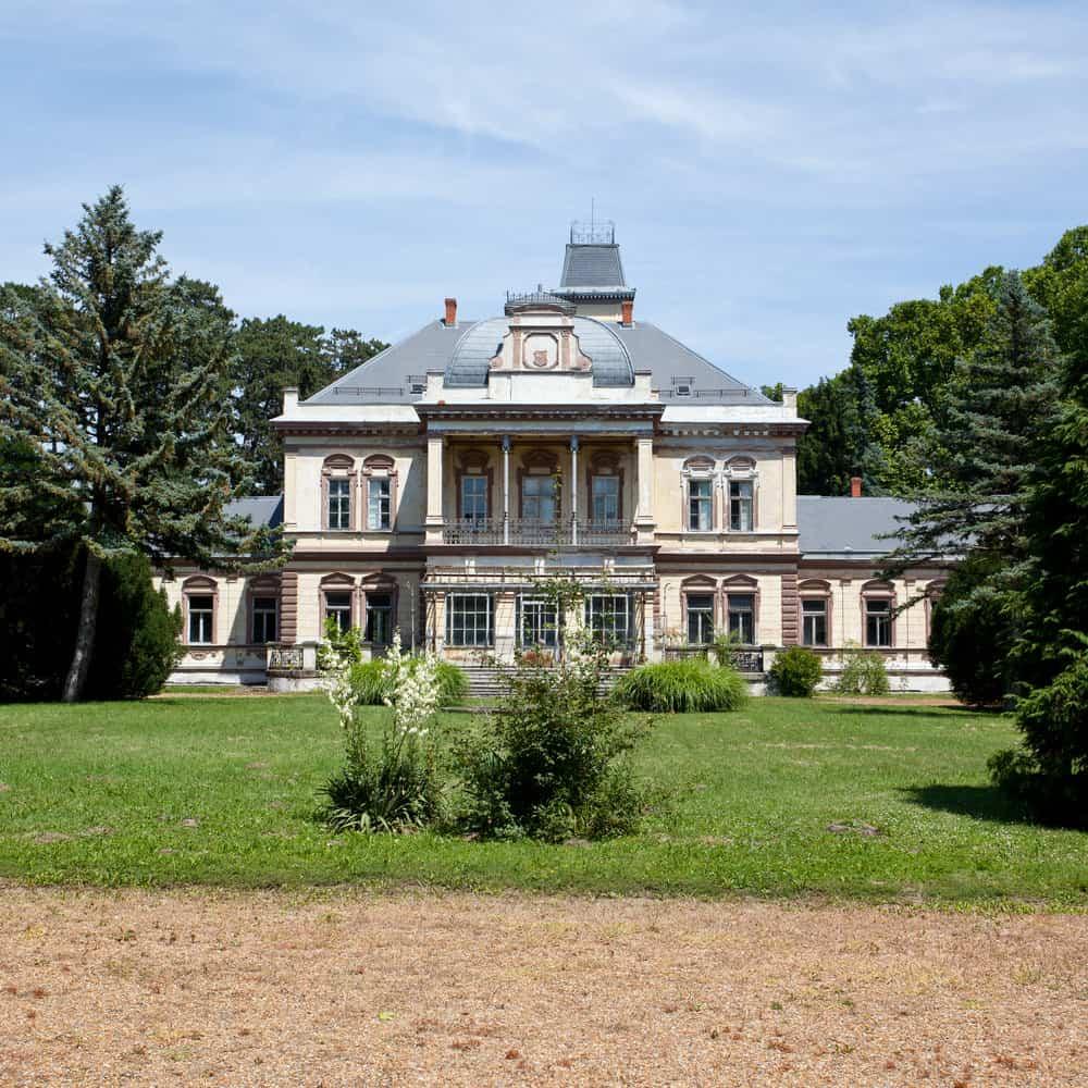 castle in Szentegat