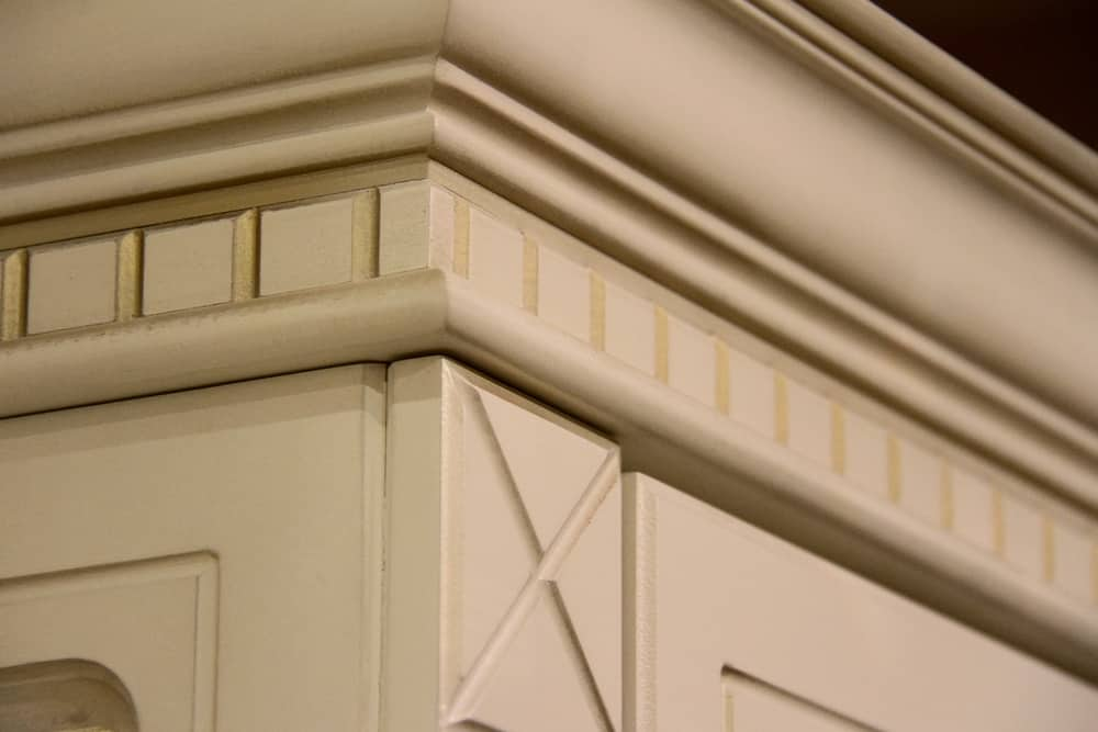 Close up of a decorative crown molding.