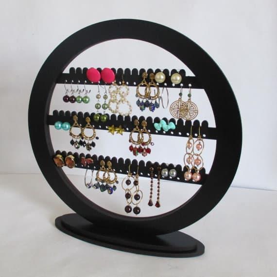 Tabletop jewelry storage