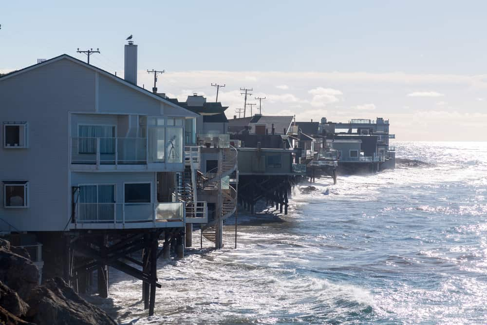 25 Houses Built On Stilts Pilings And Piers Photo