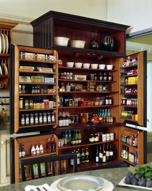 Kitchen pantry with built-in cabinet