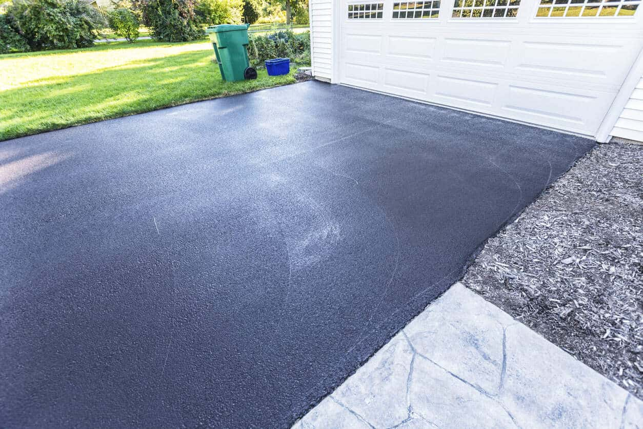 asphalt driveway cost calculator how much will your asphalt drive cost