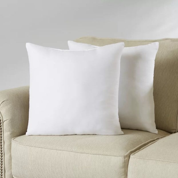 Polyfill pillows.