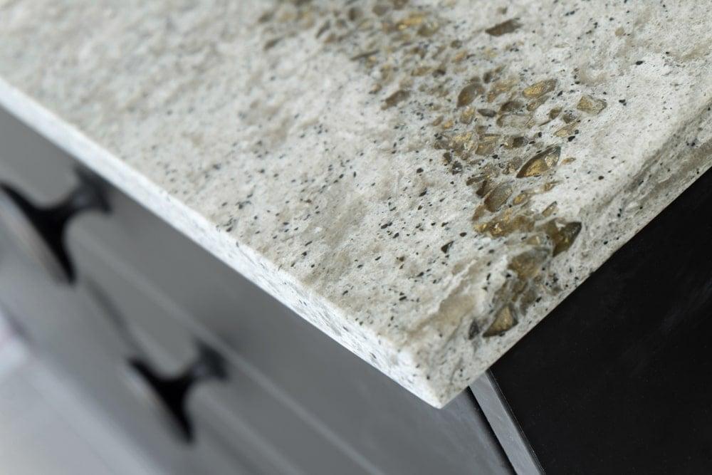 This is a close look at the corner of a quartz countertop cut.