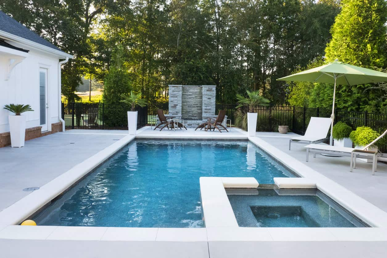 801 swimming pool designs and types for 2018 for Pool design examples