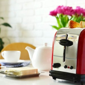 A standard toaster for your homes.