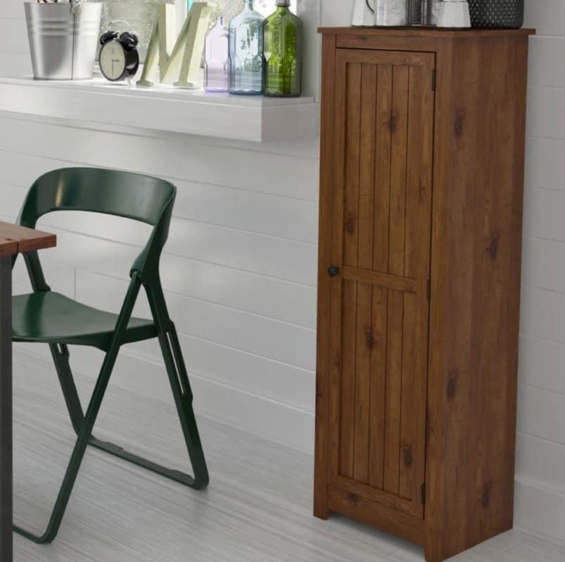 Medium kitchen pantry