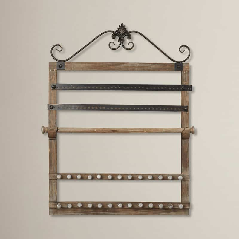 Wall-mounted jewelry holder