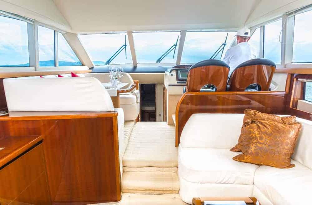 yacht upper salon