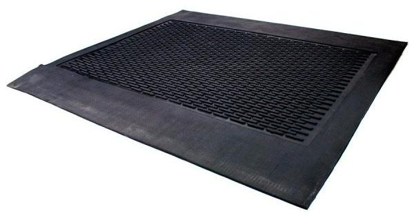 Snow-melting mat in dark gray.