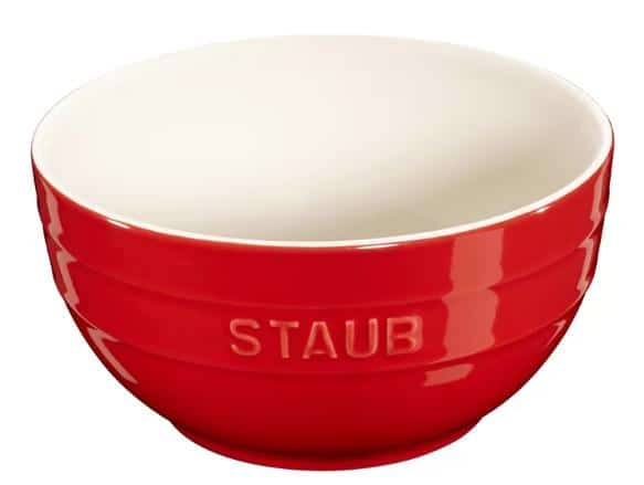 Porcelain mixing bowl in red and white.