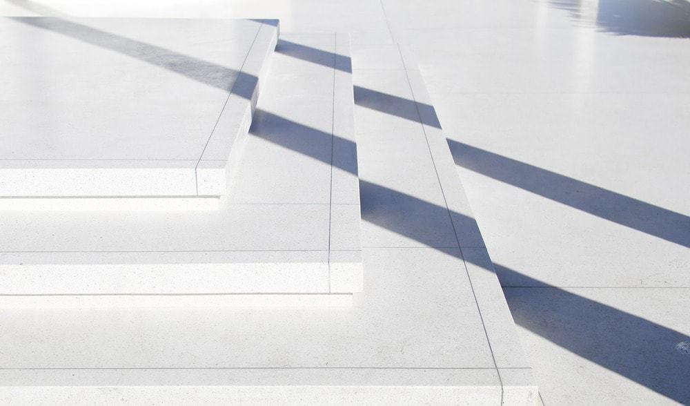 The outdoor boasts a tiles flooring. Photo Credit: Gerhard Heusch