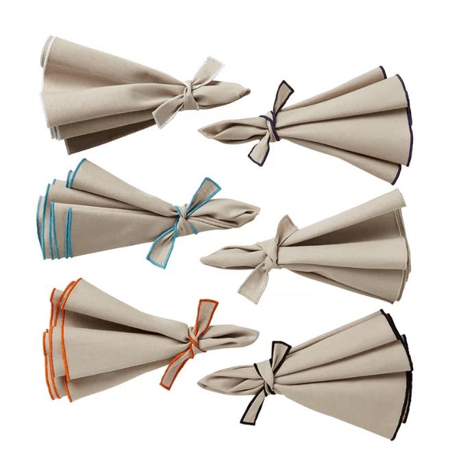 Round shaped napkins.