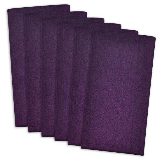 Solid colored napkin set.