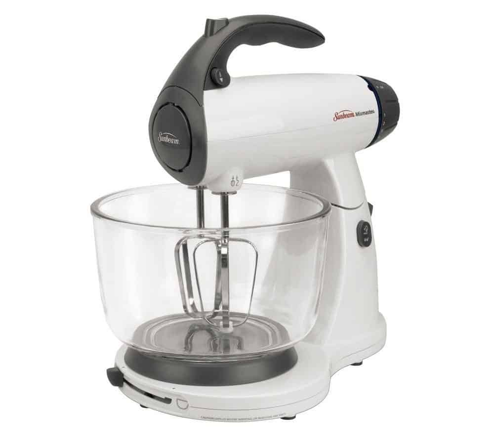 White and black mixer, available with 12 speeds.