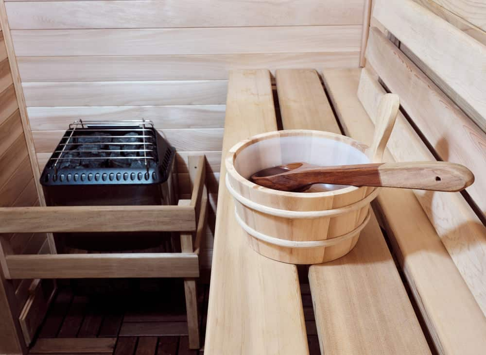 Electric-powered dry heat sauna