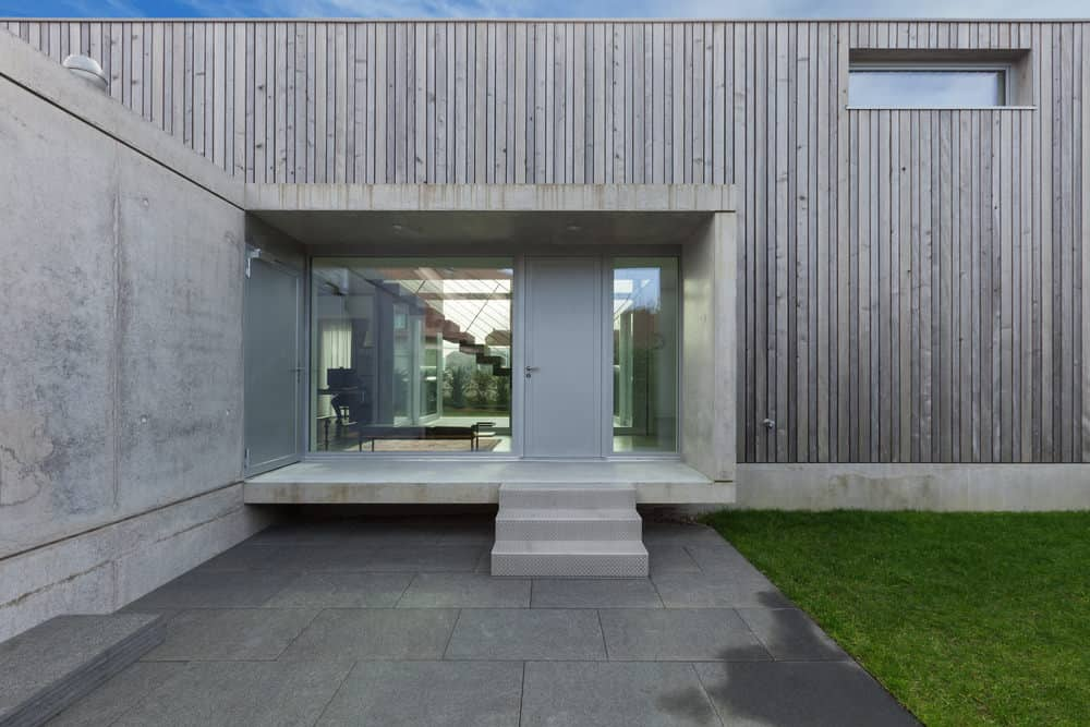Here's a head-on view of the concrete and wood exterior house above.