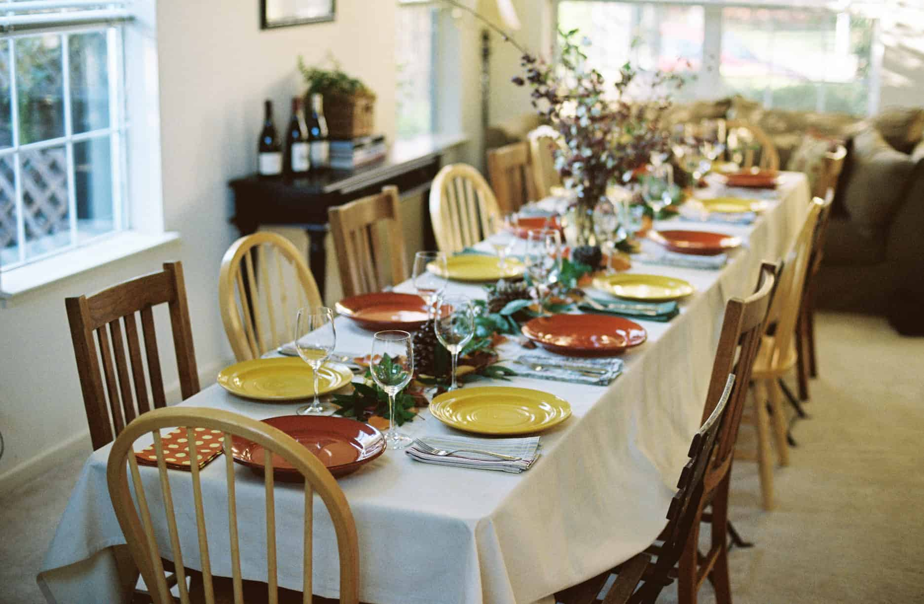 Table Runner Vs Tablecloth Vs Bare Table Which Is Best