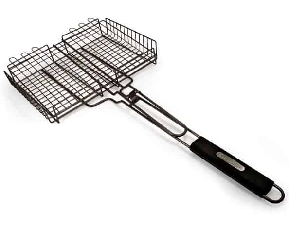 Grill basket with with black handle grip.