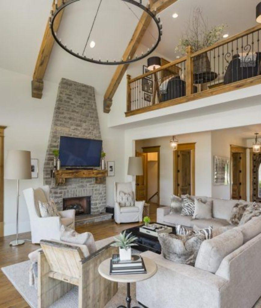 jason-aldean-tennessee-estate-living-room-081318