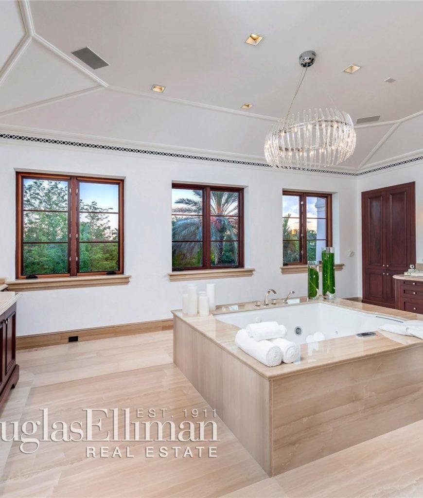 marc-anthony-florida-mansion-bathroom-080218