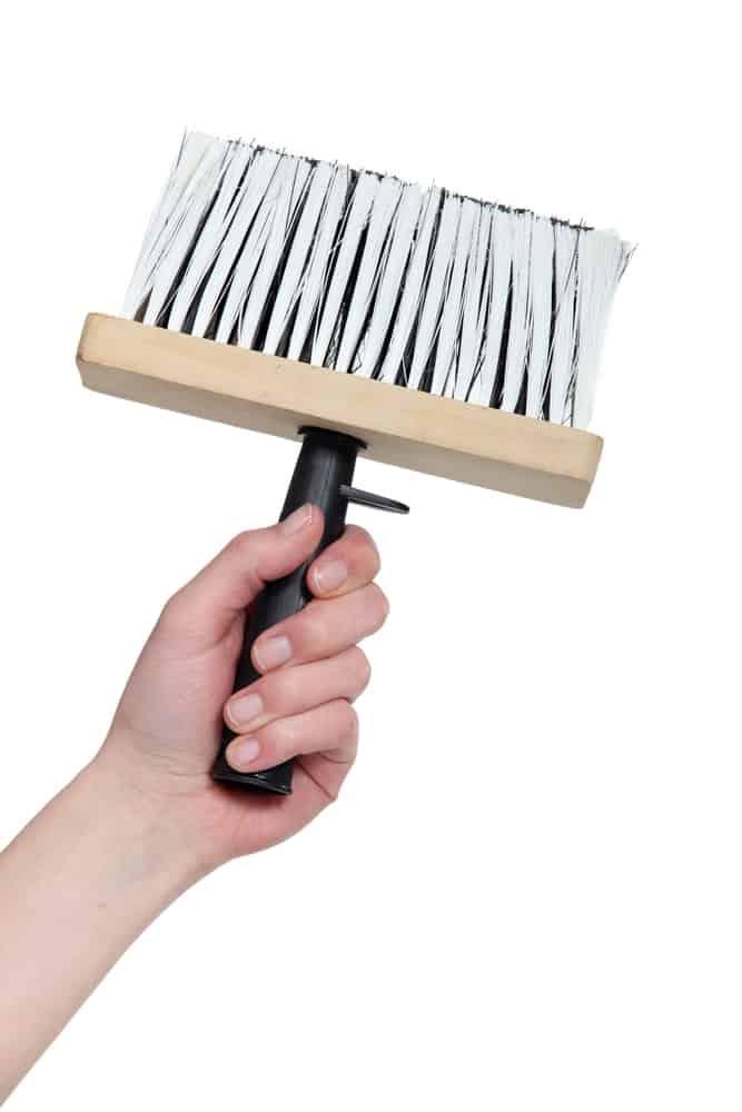 Paste brush for wallpaper