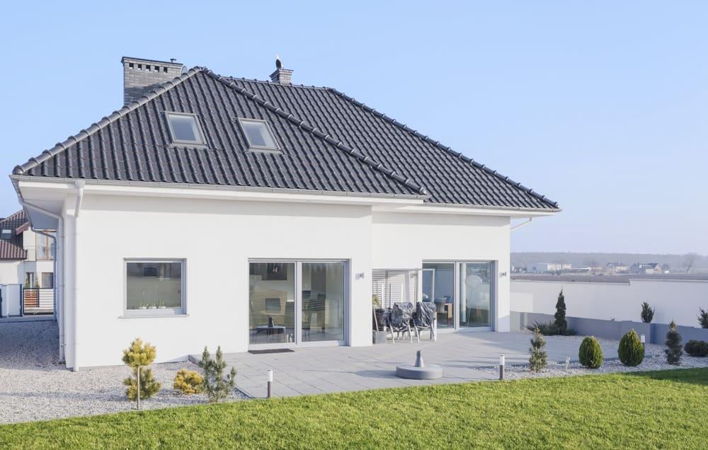 White modern bungalow designed in scandinavian style.
