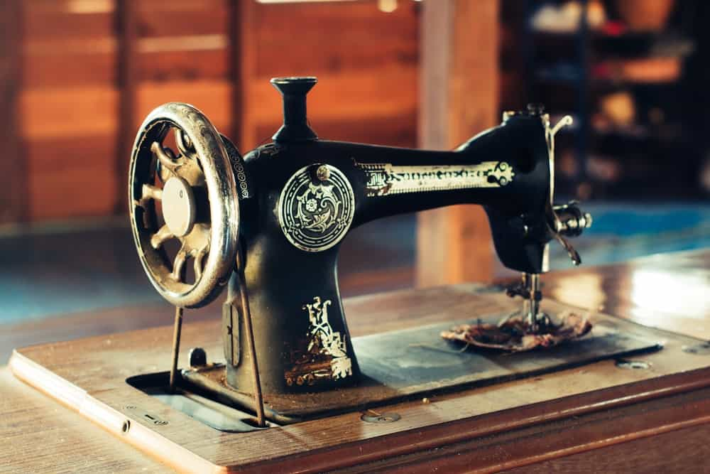 An old-style sewing machine.