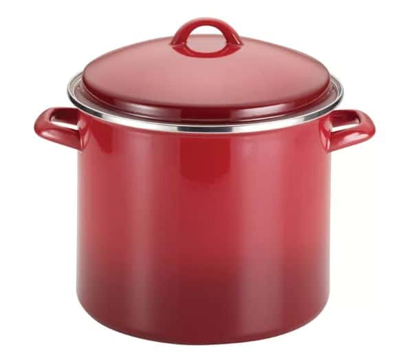 Stockpot in red color.